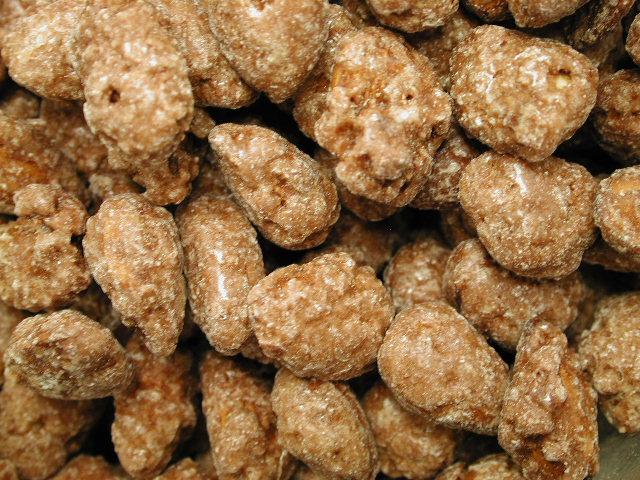 Cinnamon Roasted Almonds - Lakeside Emporium